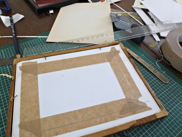 make shift sticking of picture frame