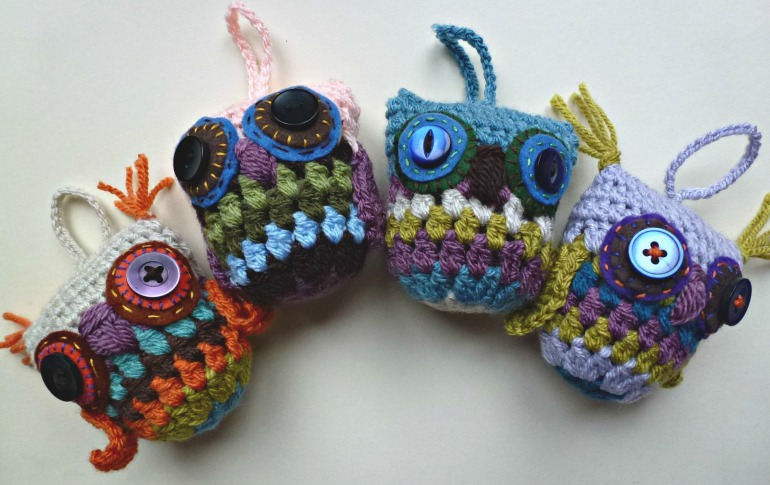 four crochet owls