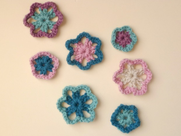 lots of crochet flowers