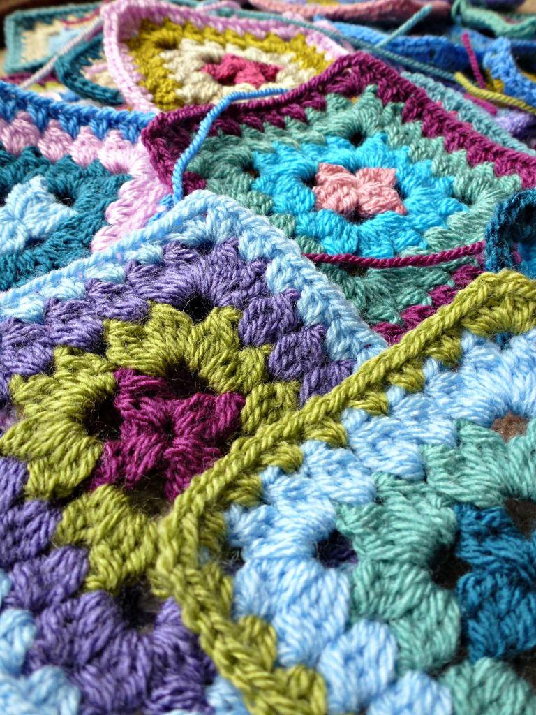 petal patch granny square