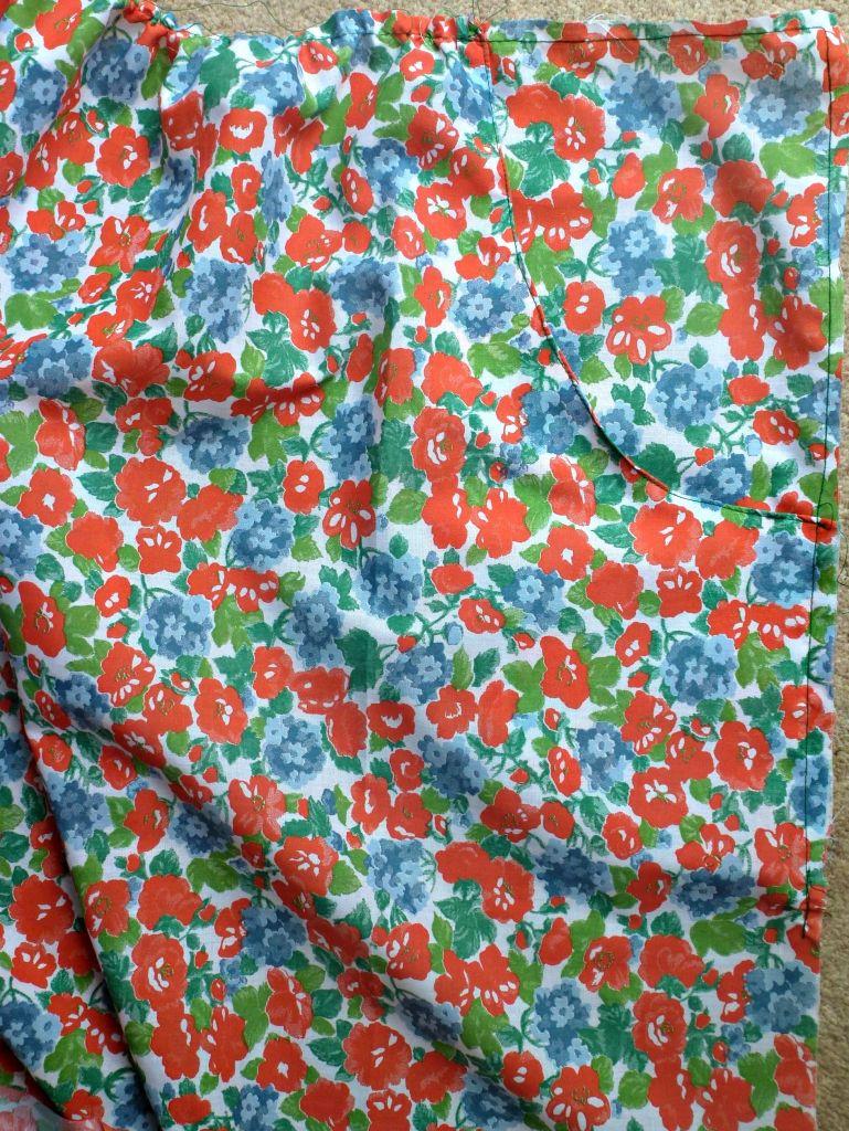 simple skirt pocket