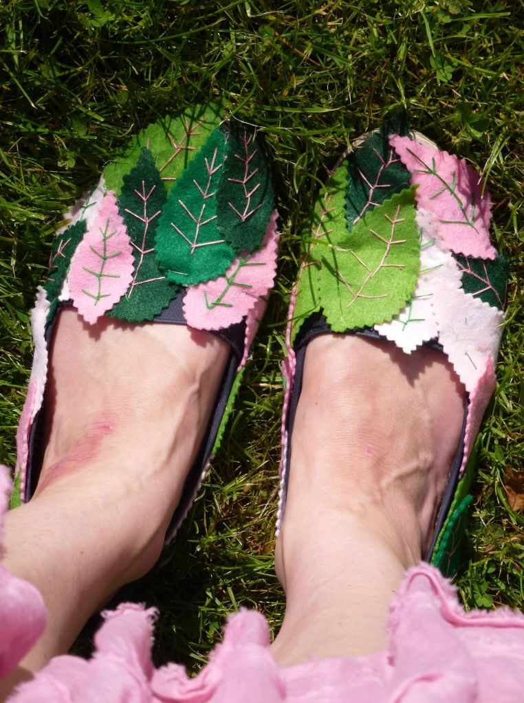 Felt fairy shoes. Fit for a fairy.