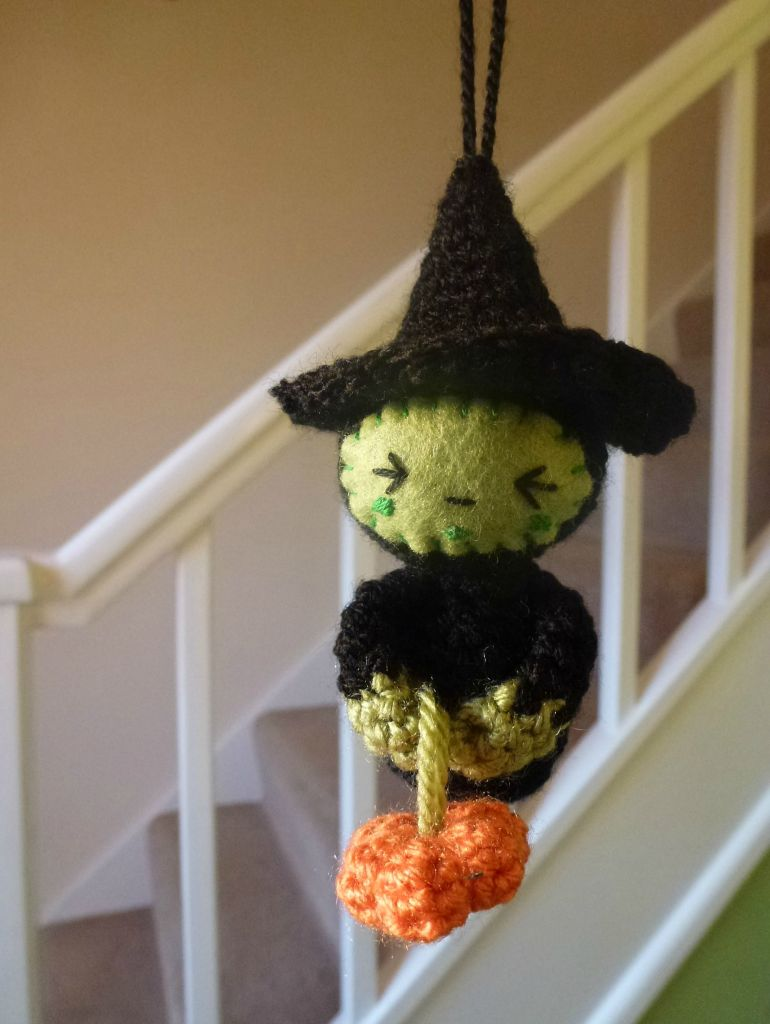 new witchy amigurumi