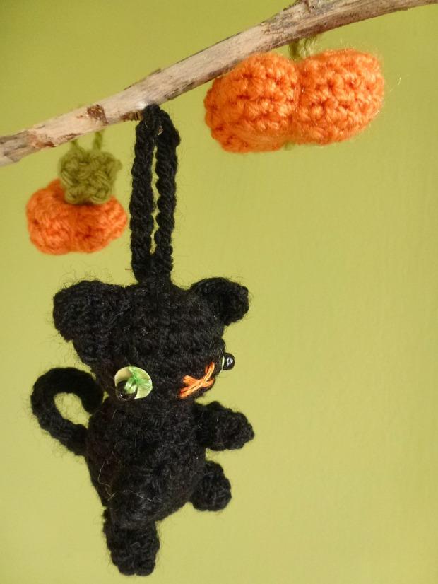 amigurumi halloween cat
