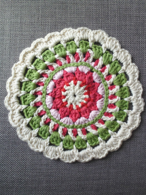 Crochet mandala. Free pattern from Made in K Town.