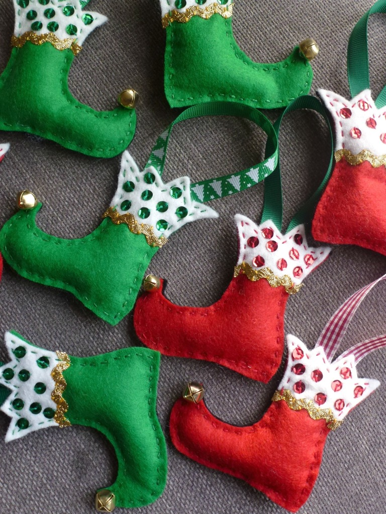 felt elf boots. little christmas decorations