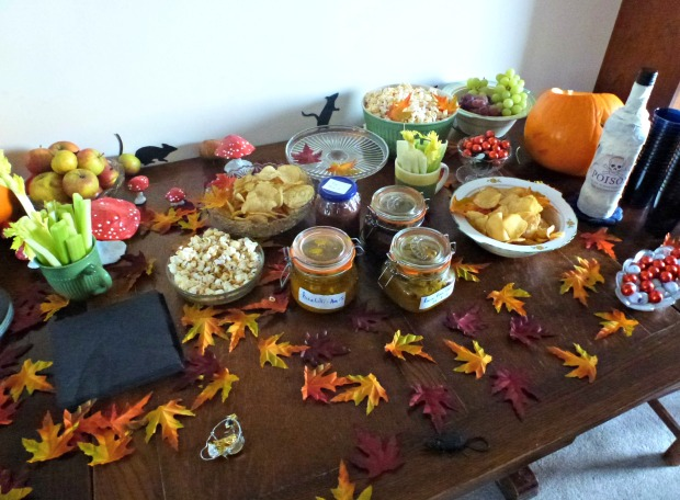 Halloween harvest table