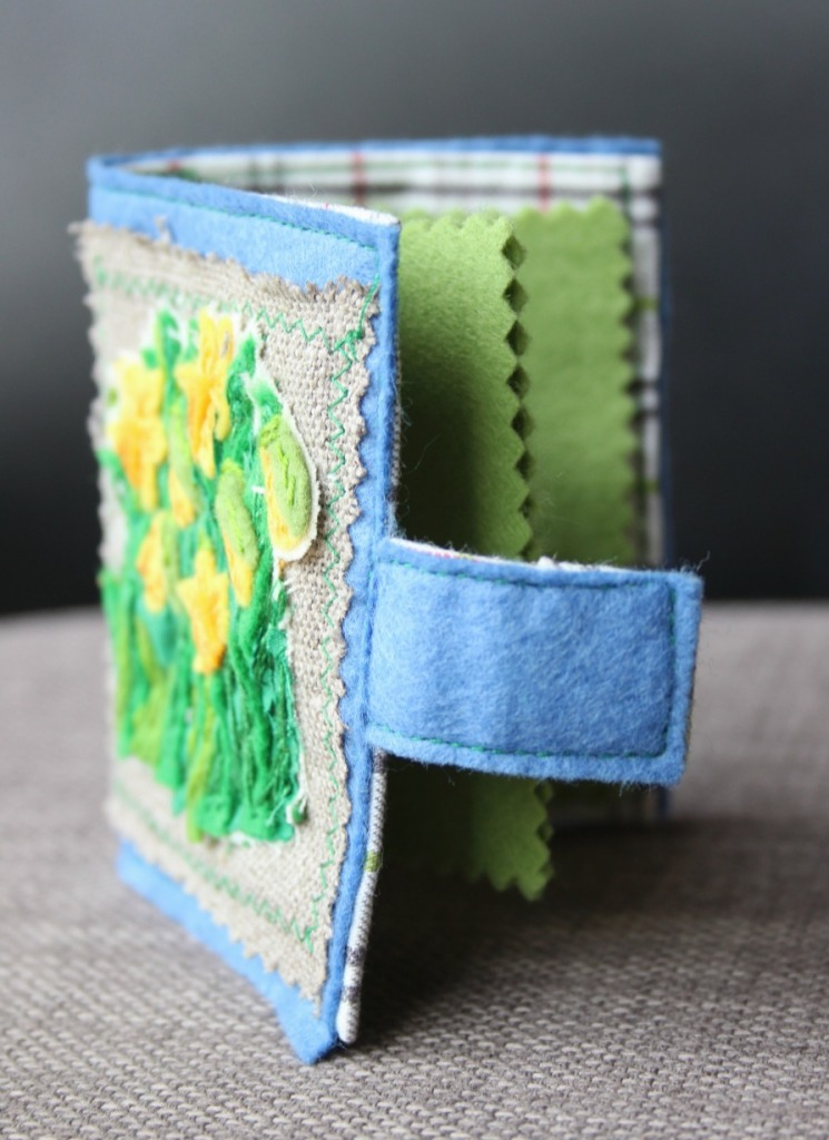Daffodil embroidered needle case standing
