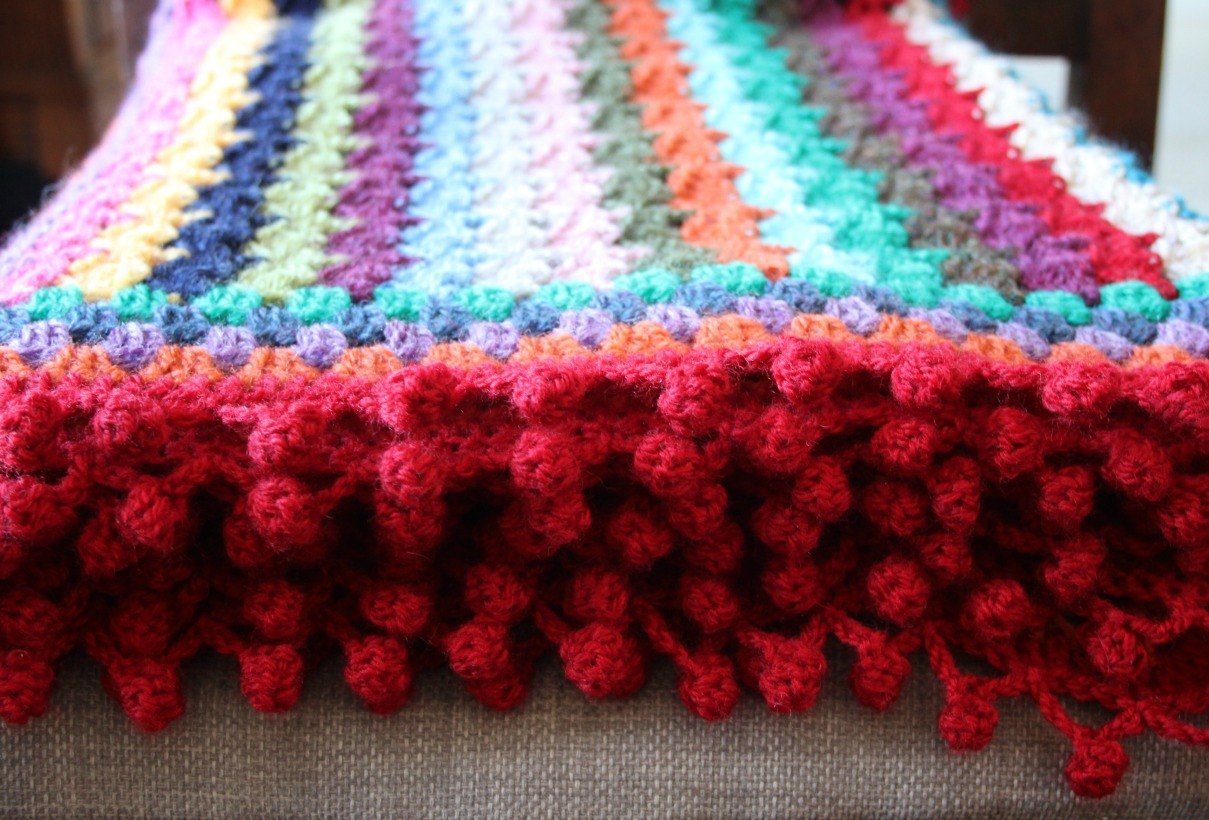 A Touch Of Spice With A Pompom Edge Zeens And Roger