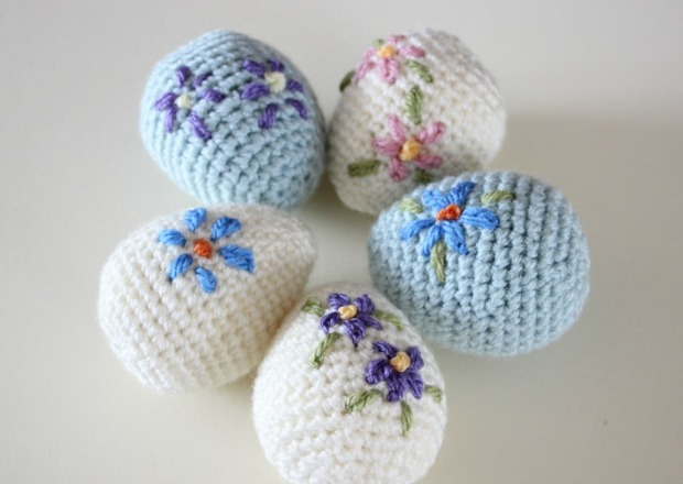 Easter Eggs Decorated with Crochet
