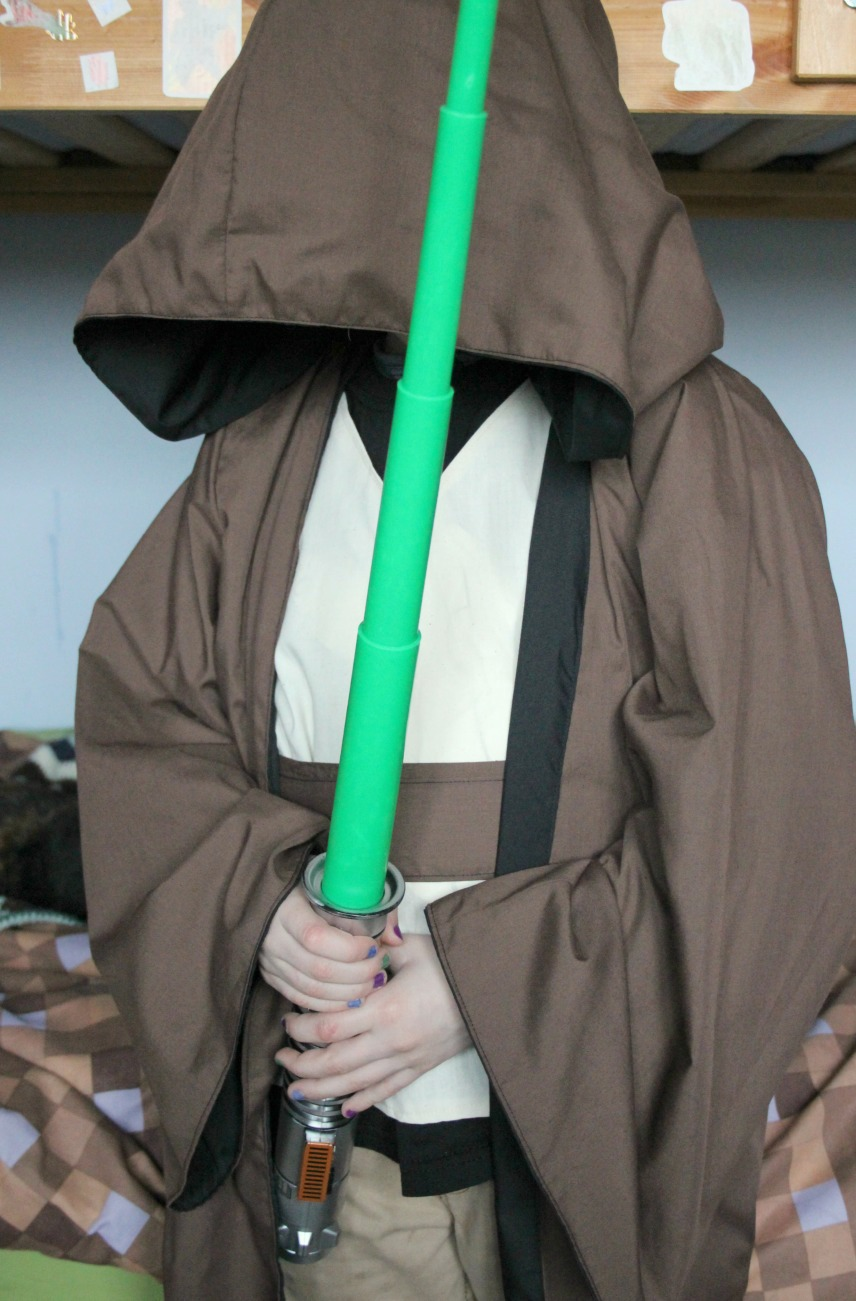 Diy Jedi Robes Reversible In Case You Want To Join The Dark Side Zeens And Roger
