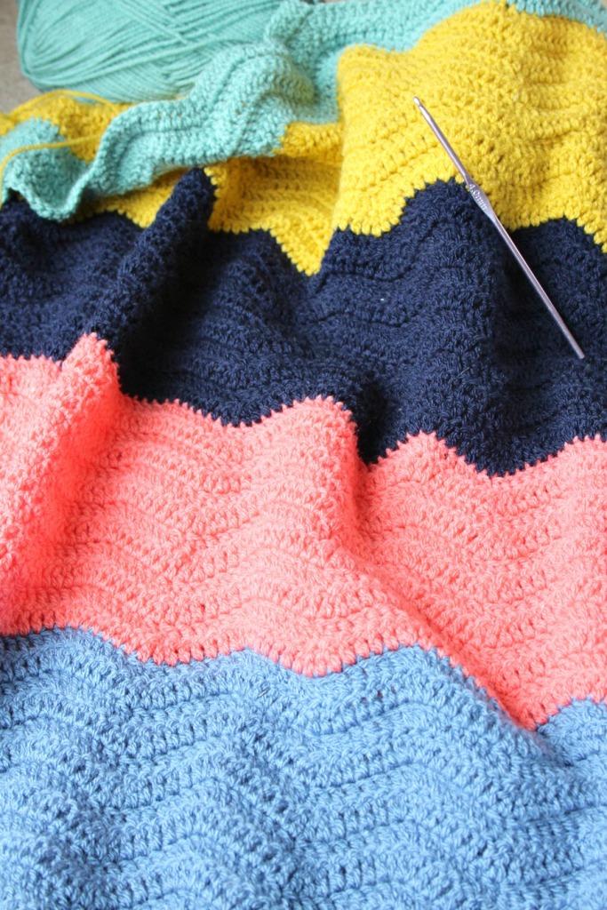 block colour crochet ripple