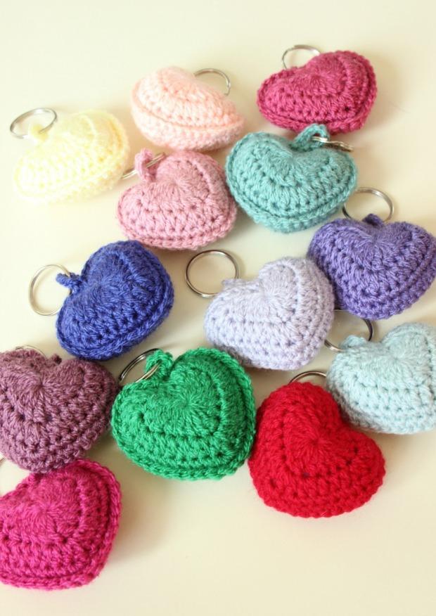 crochet hearts. Keyrings.