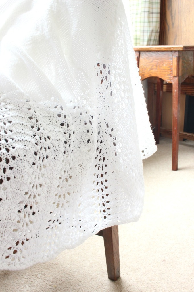 Nanna knitted baby blanket