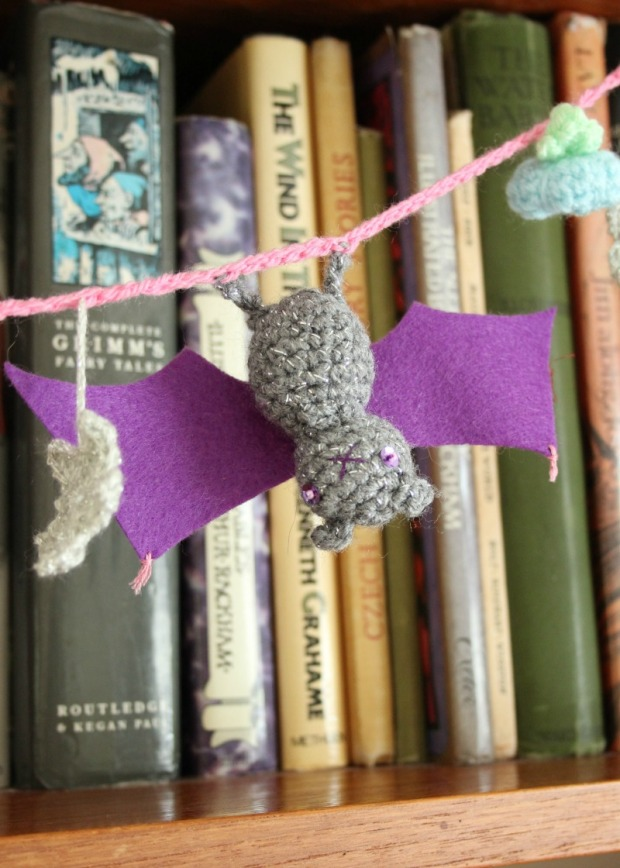 little-crochet-bat