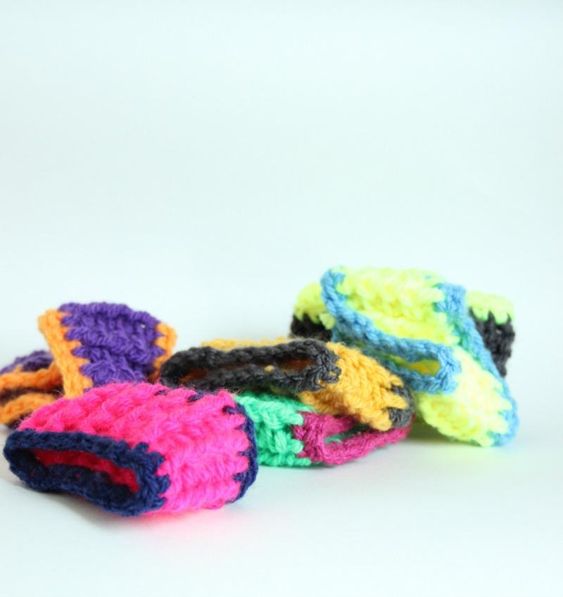 Speedy Crochet Bracelet A Free Pattern Zeens And Roger
