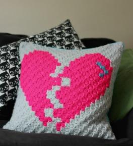 broken-heart-corner-to-corner-crochet