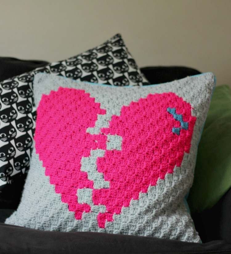 broken-heart-corner-to-corner-crochet