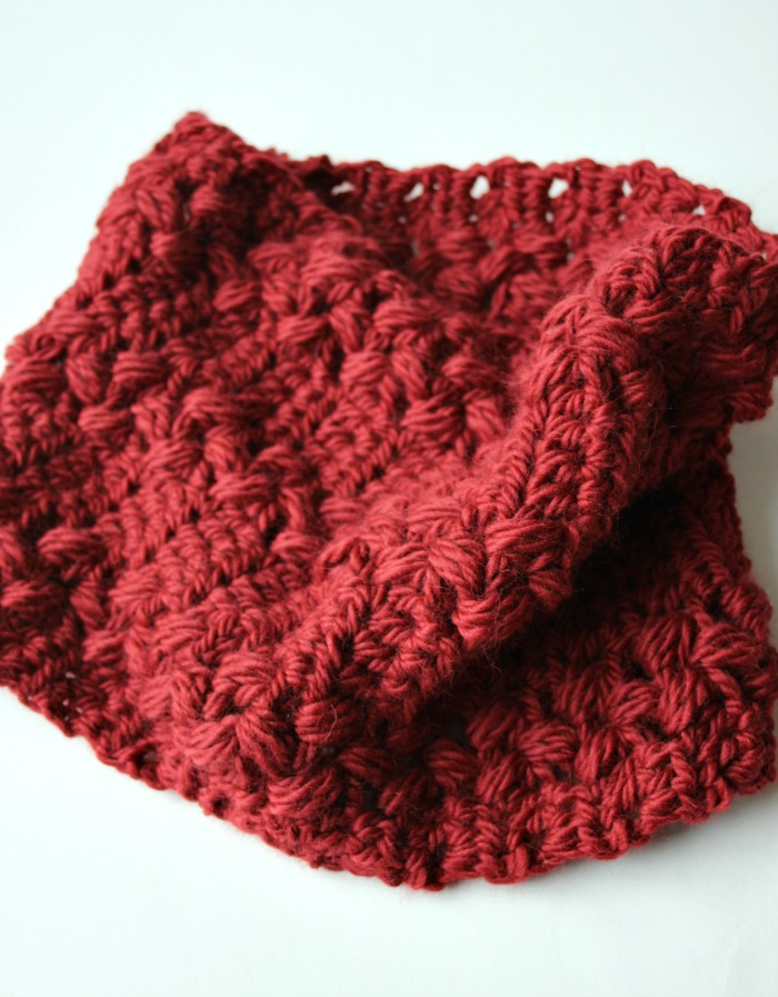 gorgeous-red-crochet-cowl
