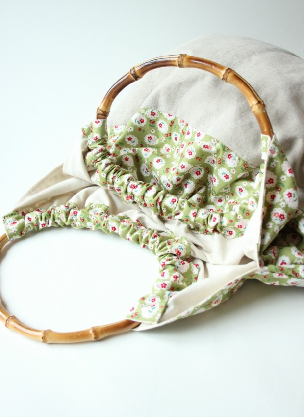 handmade-bag-with-bamboo-handl
