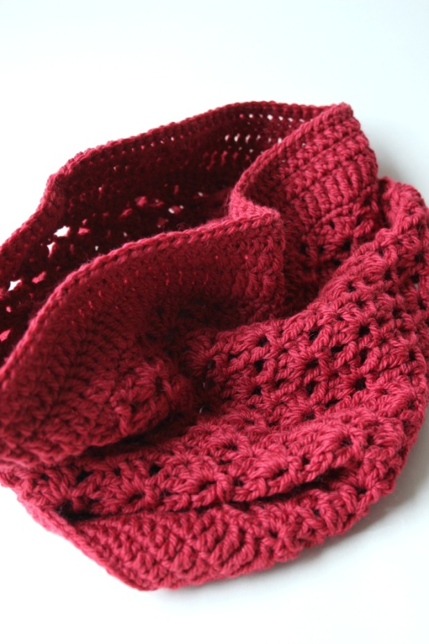 pretty-red-cowl