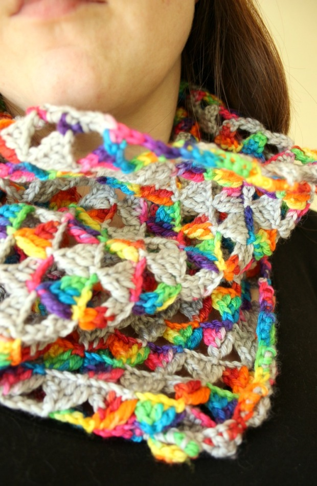 rainbow-bright-crochet-triangle-infinity-scarf
