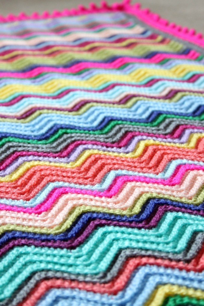 colourful-crochet-blanket-chevron-pattern