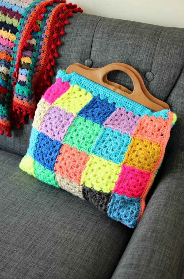 How to Make a Granny Square Bag. Free Crochet Pattern ...