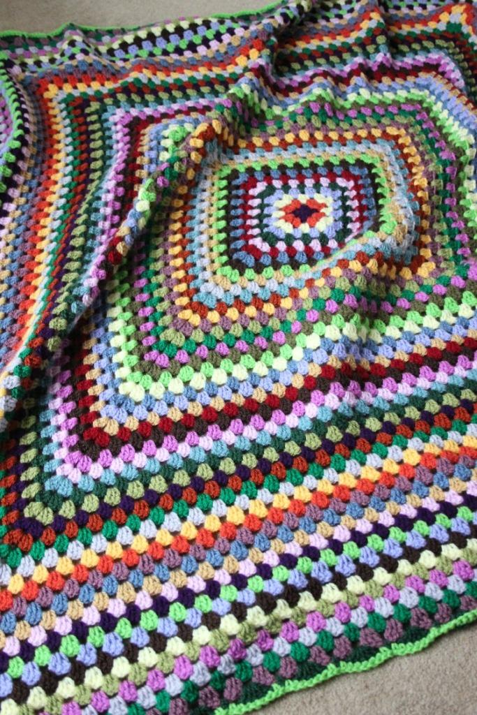 stashbusting-crochet-granny-blanket