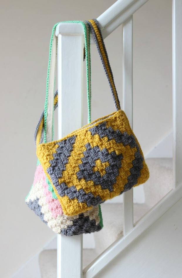 C60C Geo Crochet Bag Pattern Zeens And Roger Extraordinary Crochet Hobo Bag Pattern