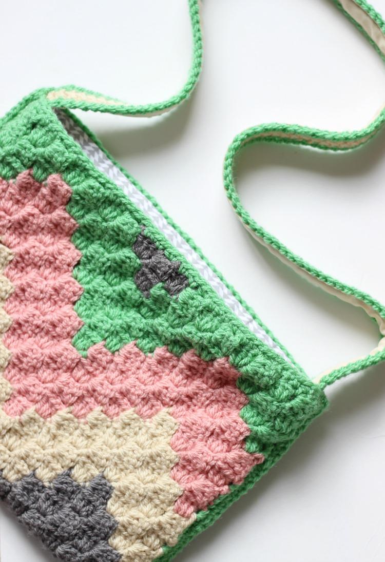 C2C Geo Crochet Bag Pattern – Zeens and Roger